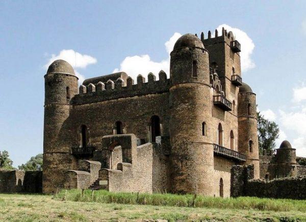 Etiopia-Gondar-palazzo-Fasilides-@Bernard-Gagnon-665×484